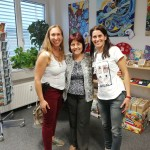 """с Даниела Странски и Александра Хоенсиннер (която е част от екипа на компания """"Рощок есенции"""")"""